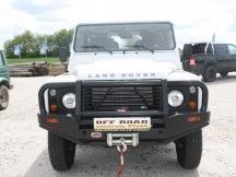 Land Rover Defender montáž ARB pevnostního nárazníku a navijáku Warn
