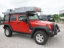 vozidlo kompletně vybavené na expedici