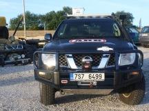 Nissan pathfinder kompletní úprava vozu ARB pevnostní nárazník a naviják Warn