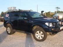 Nissan pathfinder úprava vozu montáž zadní ARB uzávěrky diferenciálu